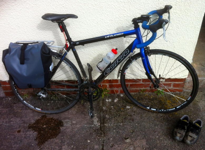 The bike in its present state - fully equipped for the daily commute