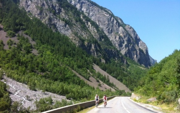 Steady climb up the Col du Lautaret